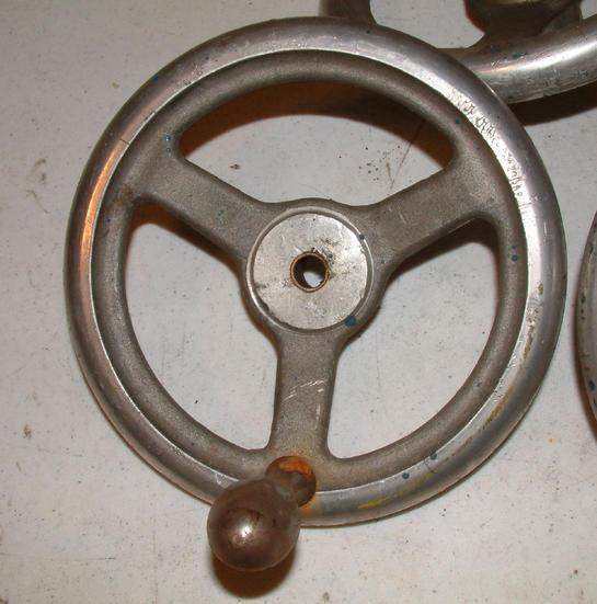 machine tool handles