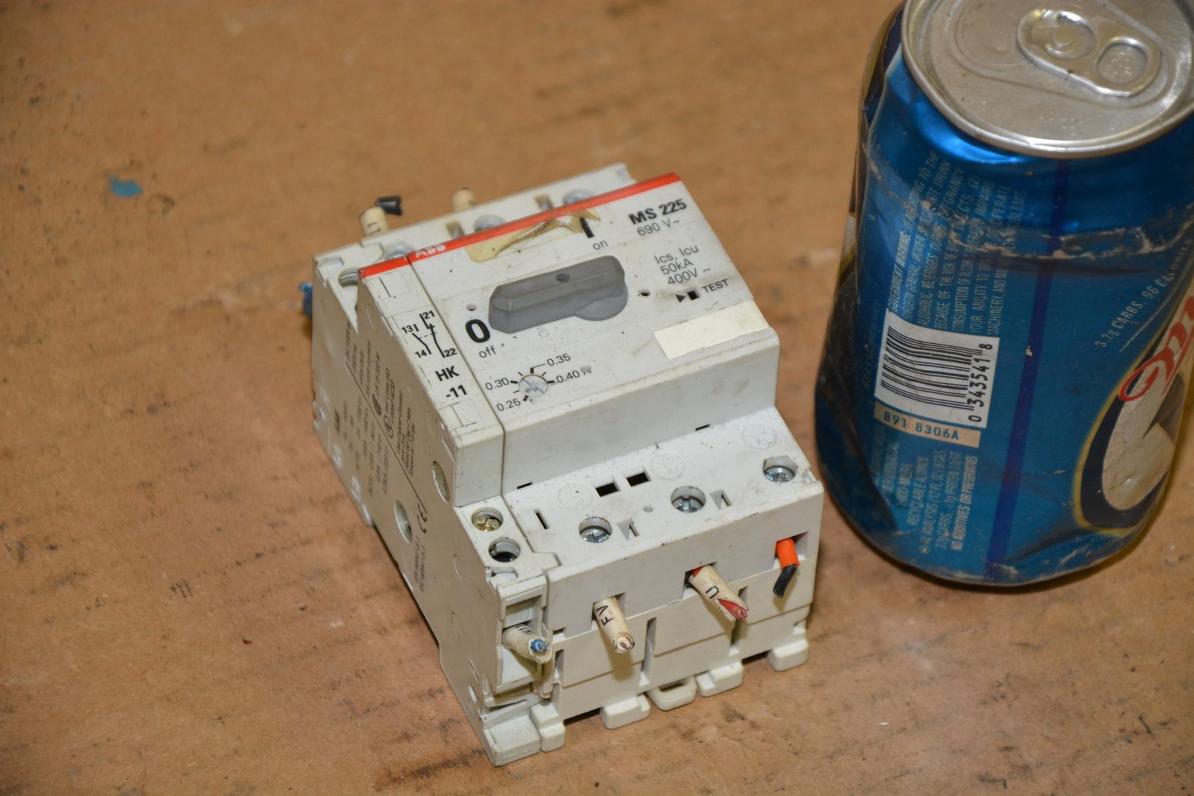Abb ms225 manual motor starter inv 16923 ebay for Abb manual motor starter