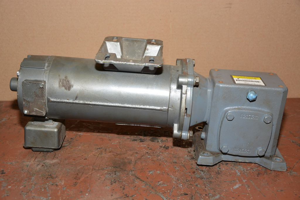 Baldor 1 2 Hp Dc Gear Motor With Boston Gear 50 1 Ratio