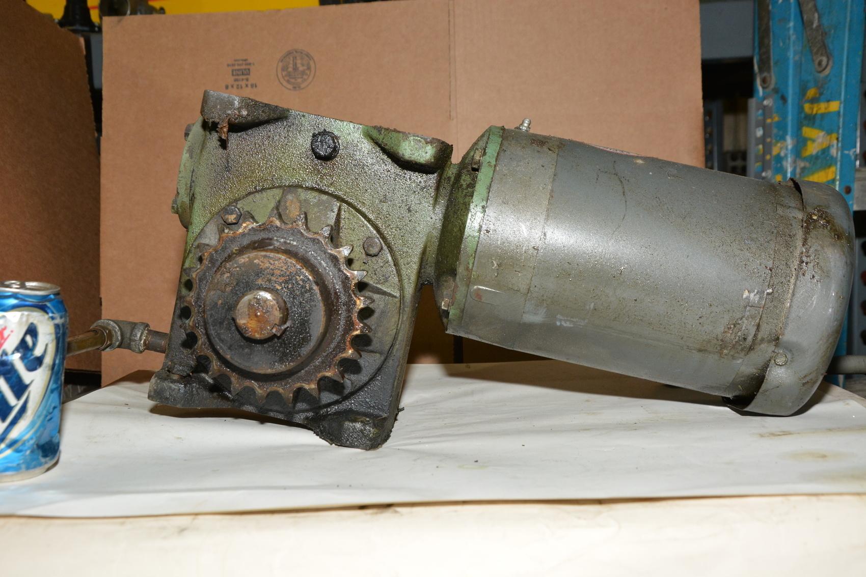 Baldor 1 5 Hp Gear Motor 3 Ph 1725 Rpm Vm3554t Inv 19913
