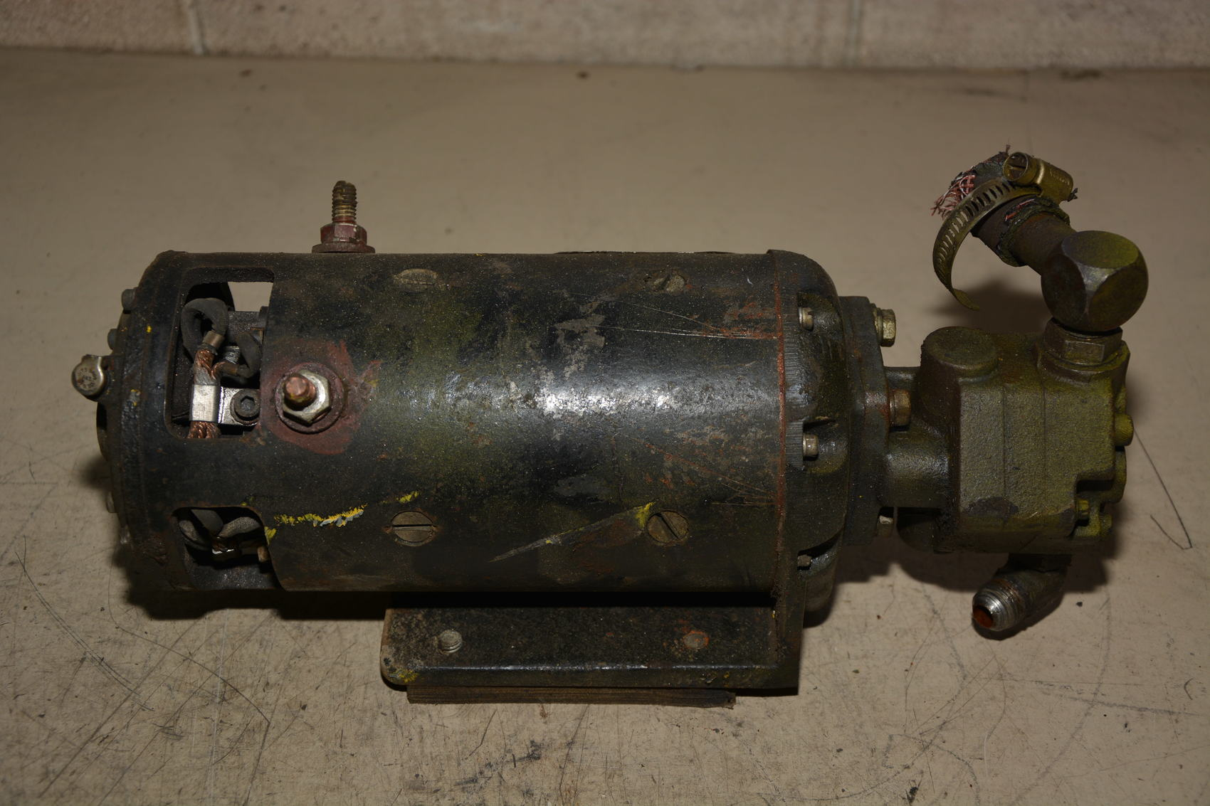 Hydraulic Lift Motor : Clark lift truck v dc hydraulic pump motor and