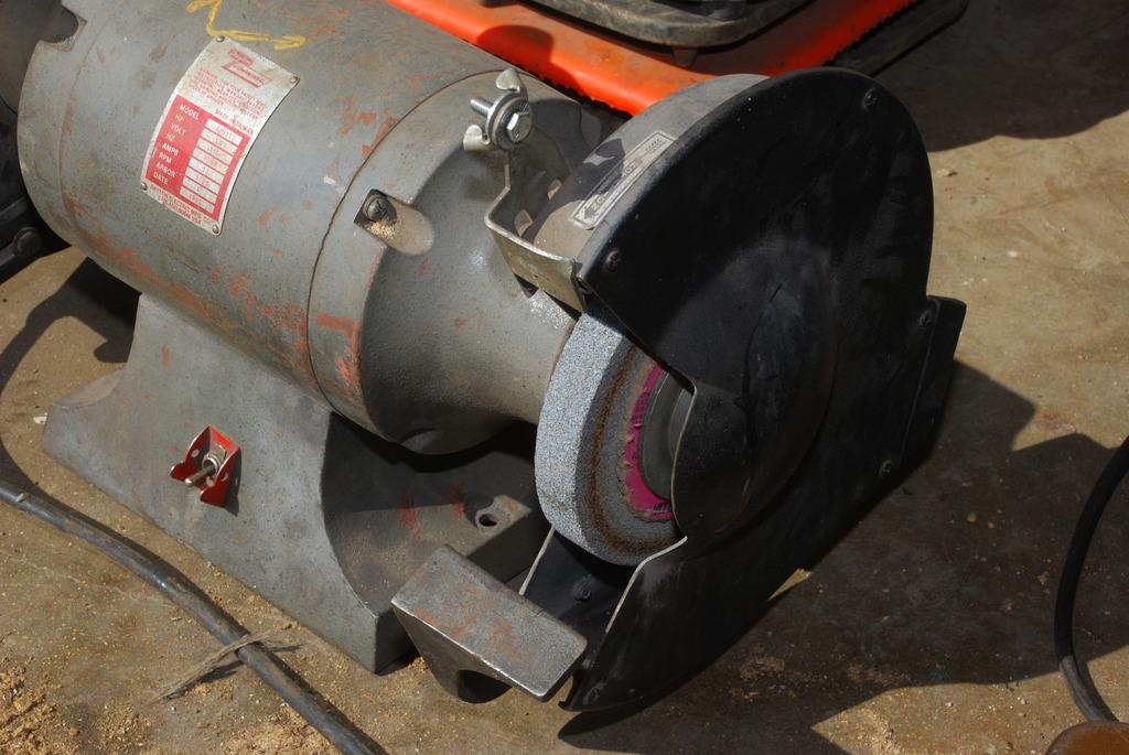 Dayton Commercial Bench Grinder 1hp Single Phase 4z911 115v 1725 Rpm Inv 10504 Ebay