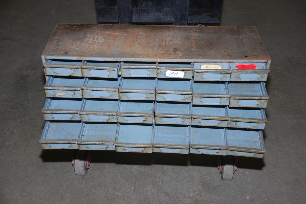 2619 of heavy duty steel supply tool storage. Black Bedroom Furniture Sets. Home Design Ideas