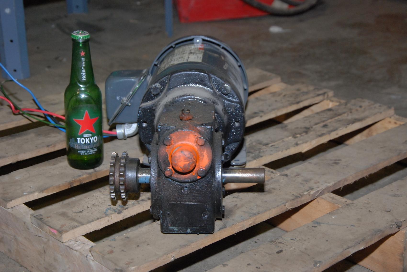 Hub City Gear Motor 5 1wr Ratio W Emerson 2hp Electric