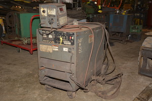 Lincoln Idealarc DC 600 Mig Welder Lincoln LN 7 Wire Feed 12993