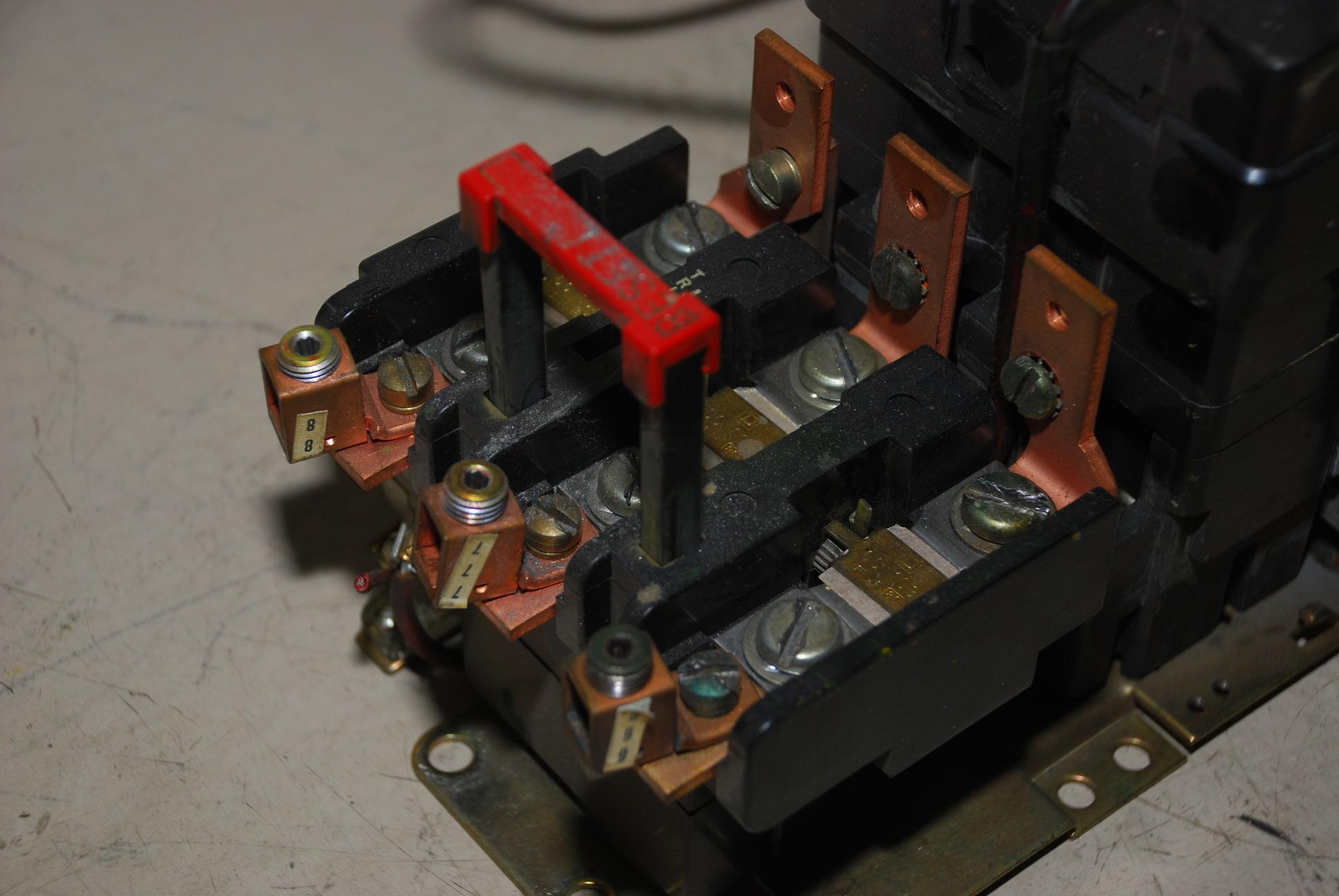 Square d nema size 3 seo 1 8536 motor starter 600v form s for Nema size 1 motor starter